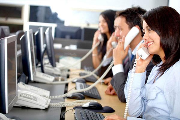 customer-service-associate